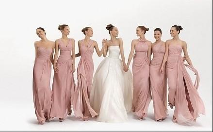 Scegliete abiti da damigella rosa per rendere il matrimonio più romantico 25dd0672315